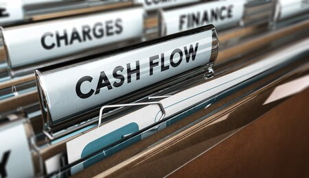 Sole Trader Lawyers Cashflow problems